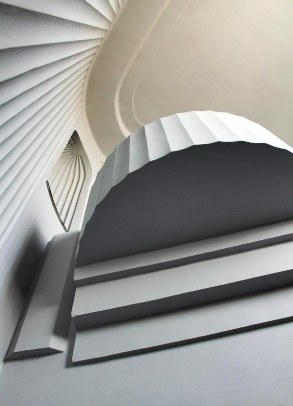 Fundación Rodríguez-Acosta. Carmen-estudio del pintor José María Rodríguez-Acosta. Escalera principal. (Foto: Macarena Tejero. Junio, 2013)
