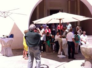 Fundación Rodríguez-Acosta. Patio Principal. Preparando la foto.